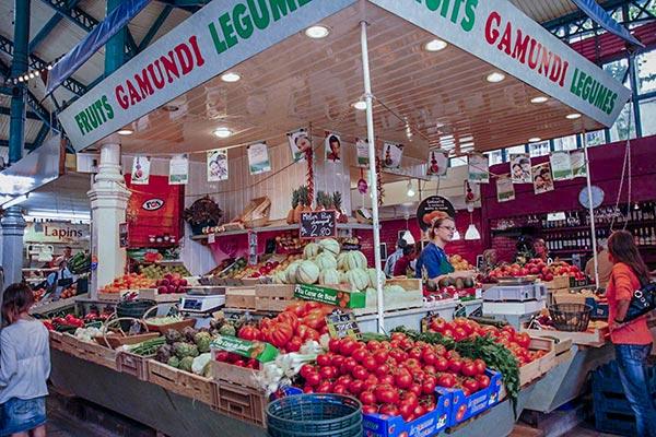 market near camping lunel